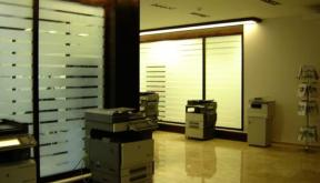 Amenajare Showroom Konica Minolta